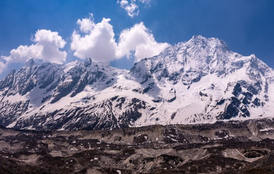 Manaslu Circuit Trek – Entry to the Hidden Valley (15 Days)