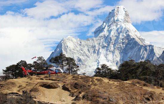 Helicopter Tour Landing at Everest Base Camp