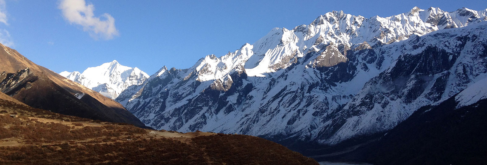 Langtang Valley Heli Day Tour